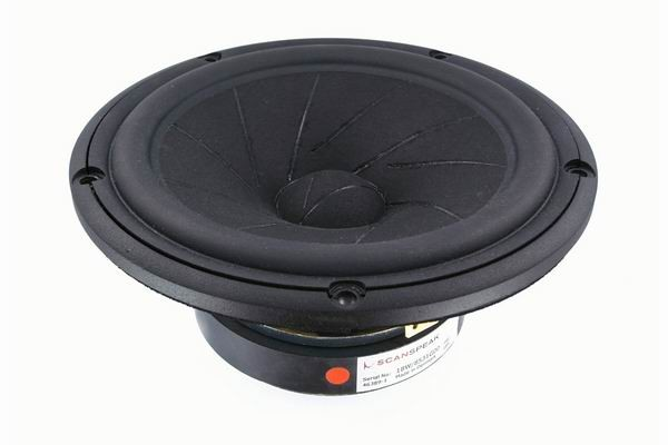 ScanSpeak 18W/8531G00 Mid woofer REVELATOR 182 mm 100 Watt  87 db 8Ω
