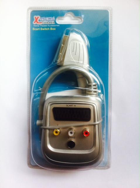 Xtreme Europa, CR-309, Αρσενικο Scart σε Θηλυκό Scart (0.5m.) 3 RCA S-VHS με διακόπτη
